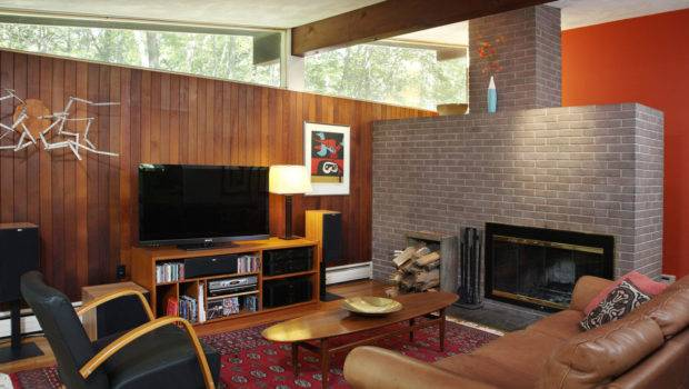 Alluring Mid Century Modern Living Room Fireplace Facing Wooden