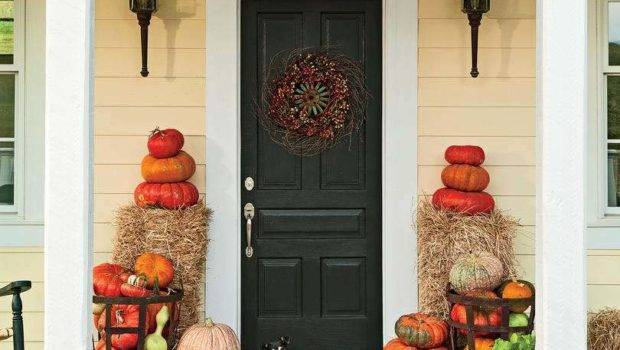Amazing Ways Decorate Your Front Door Fall Style