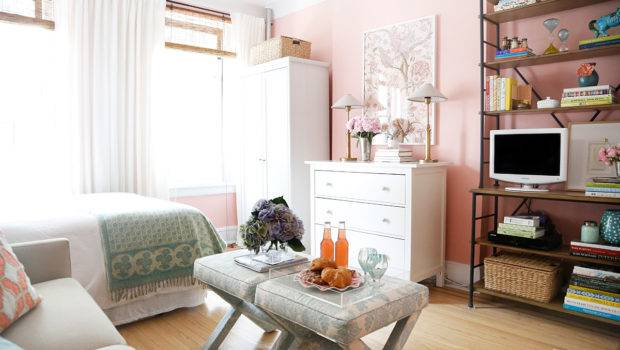 Artistic Apartment Bedroom Decorating Girly
