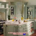 Back Post Meaning Rooster Cor French Country Kitchen