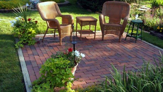 Backyard Makeovers Landscaping Ideas