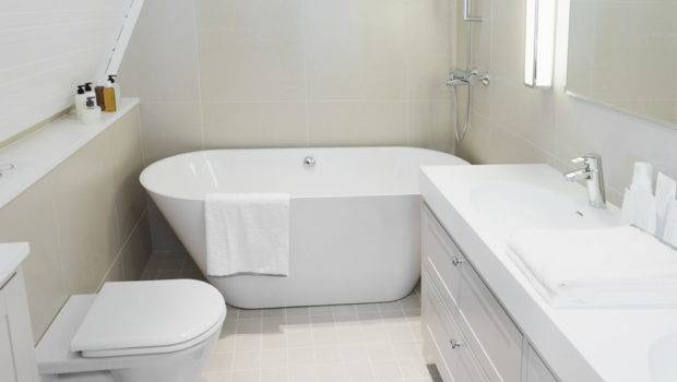 Bathroom White Floor Tiles Mat
