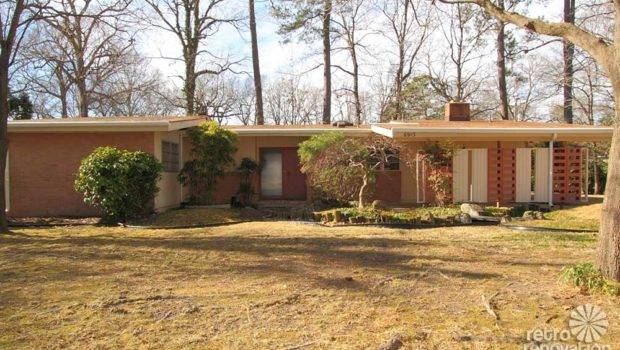 Beautiful Mid Century Modern Brick Ranch Time Capsule House