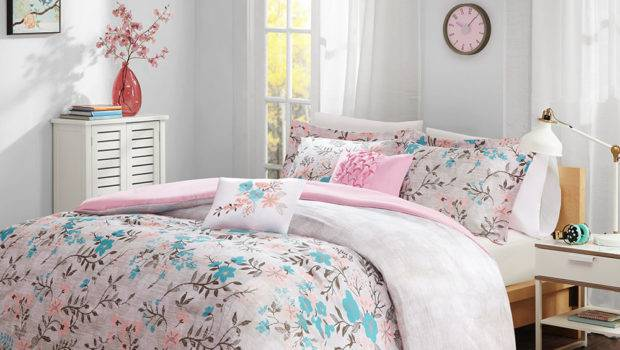Beautiful Modern Chic Soft Pink Teal Blue Grey Girl Floral