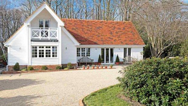 Beautiful Modern Colonial Style Home Times Tunbridge Wells