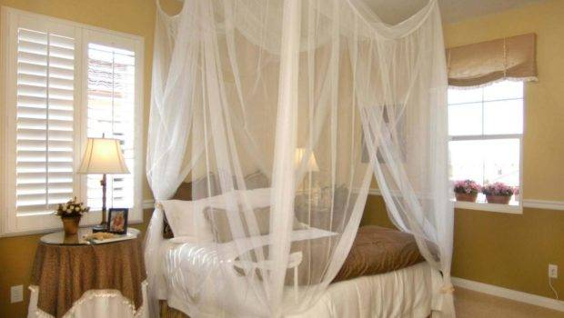 Bedroom Billowing Canopy Bed Soft Ensconces