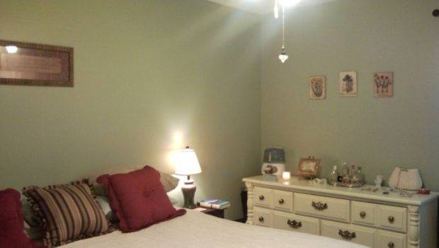 Bedroom Decorating Small Even Smaller Budget