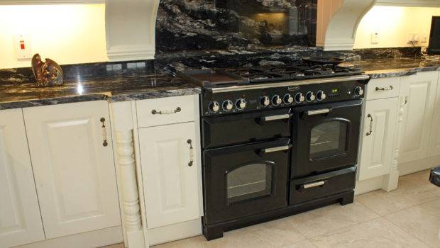 Black Granite Countertop Country Style Kitchen Painted