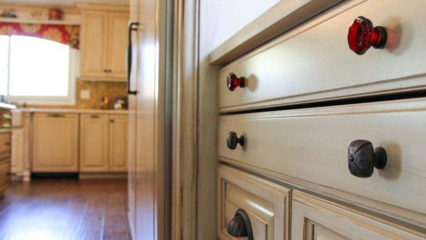 Brown Country Kitchen Knobs Rend Hgtvcom Jpeg