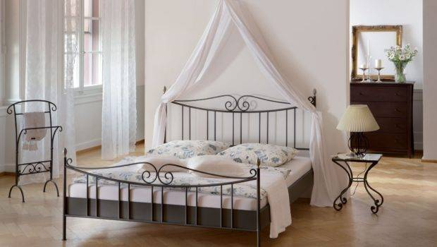 Canopy Bed Frame Queen Black King