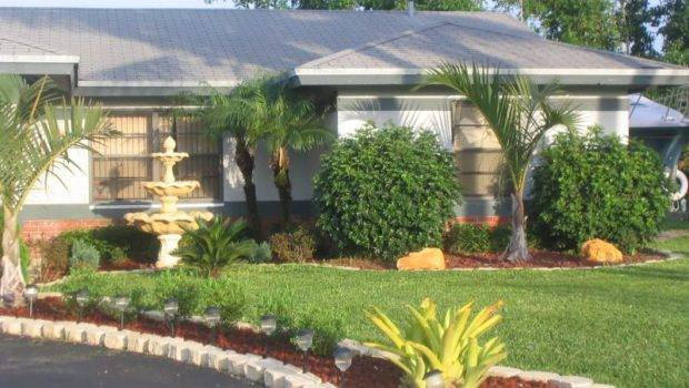 Cheap Landscaping Border Front Yard Ideas