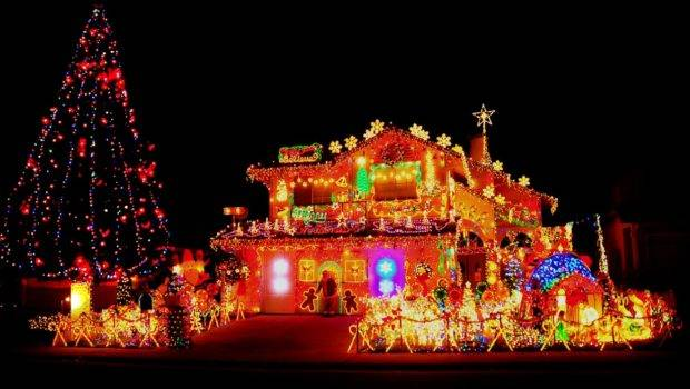 Christmas Decorated Houses Were Clearly Done