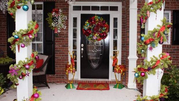 Christmas Front Door Ecorations