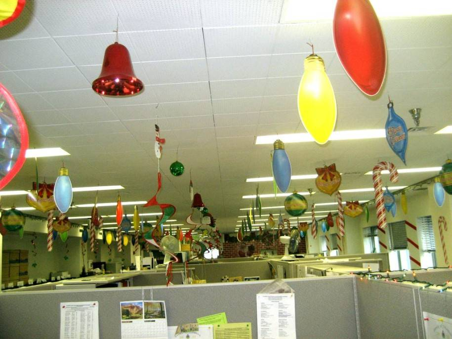 Christmas Theme Decorating Ideas christmas office themes. gorgeous ideas for your interior