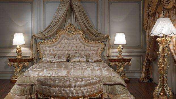 Classic Bed Headboard Carved Gilded Capitonn Padding Art