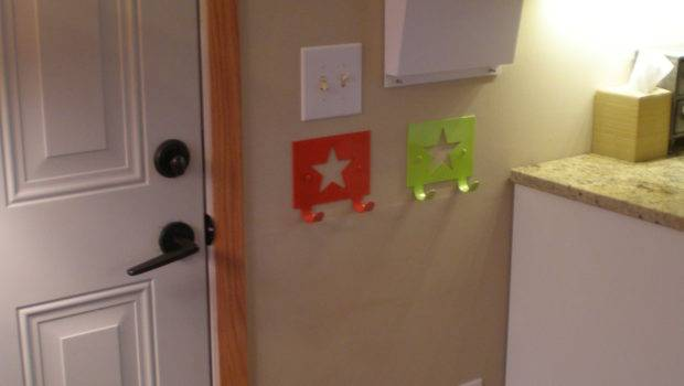 Coat Hook Wall Mounted Funny Red Green Star
