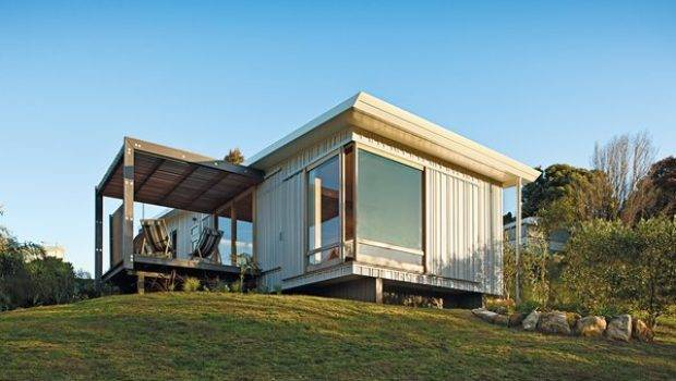 Compact Prefab Vacation Home Dwell