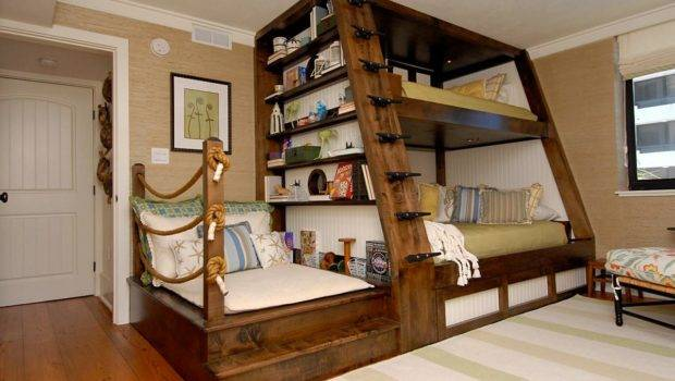 Cool Bunk Beds Offer Gift Style