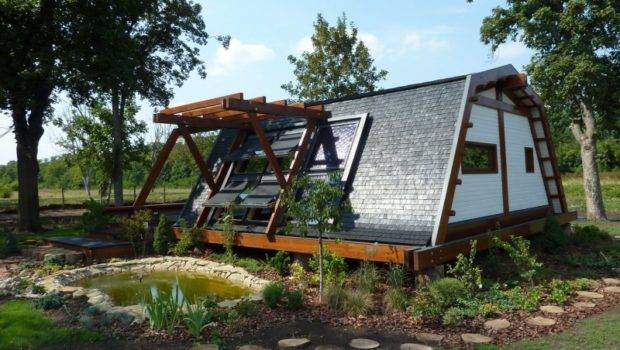 Cool Design Self Sustainable Home Soleta Zeroenergy One