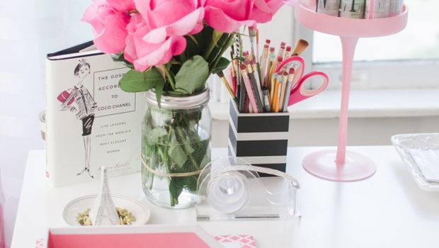 Cute Office Desk Decoration Ideas Offition