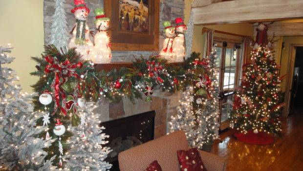 Day Christmas Time Decorate Mantle Cheryl Draa