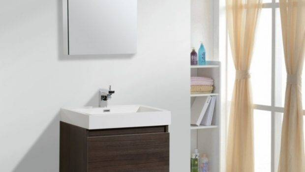 Decor Your Small Bathroom These Several Ideas