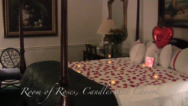 Decorate Romantic Hotel Room Designs Anywhere