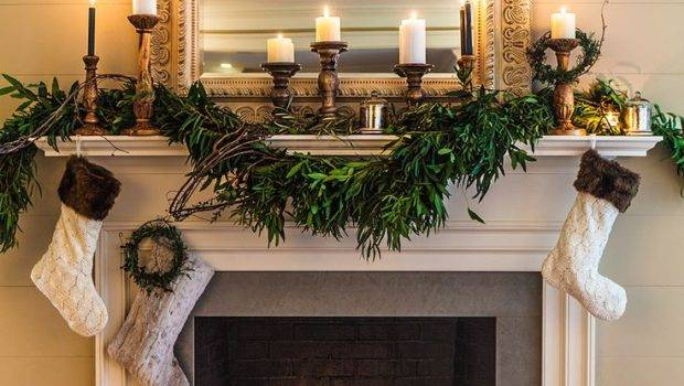 Decorating Festive Christmas Fireplace Mantel Hometren