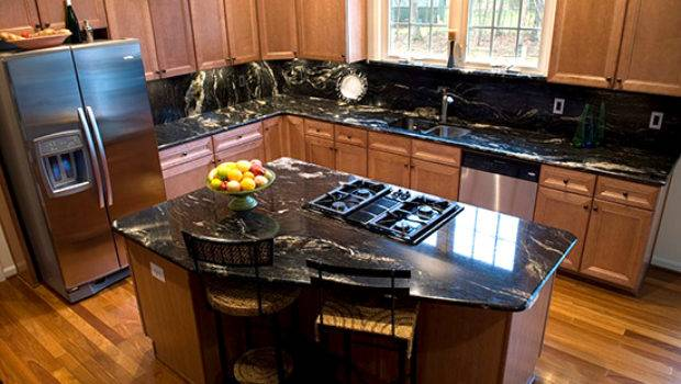 Design Spotlight Natural Stone Backsplash