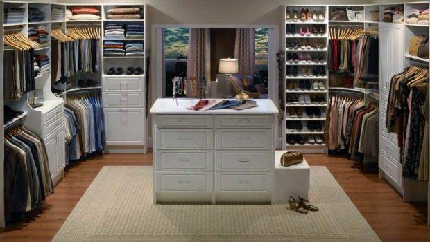 Design Walk Closet Master Bedroom White Color Theme Ideas