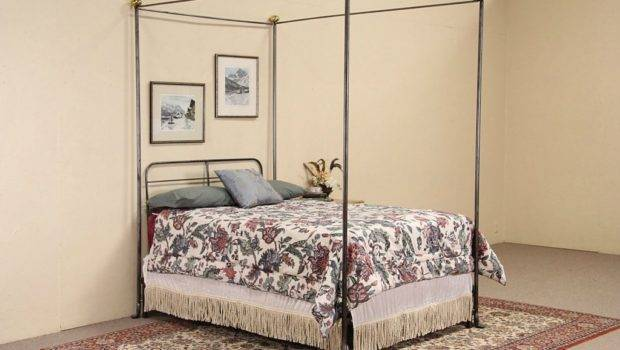 Details Wrought Iron Brass Vintage Canopy Bed