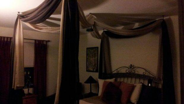Diy Canopy Bed Planter Hooks Ceiling Curtain Rod