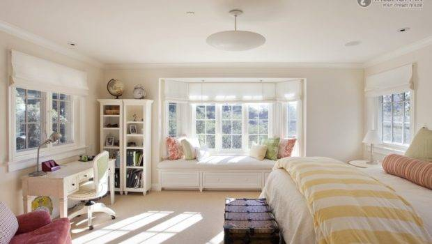 Drawing Simple Master Bedroom Bay Window Decoration