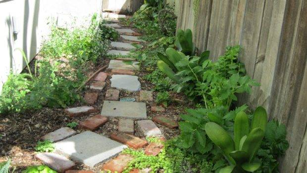 Earth Friendly Landscapes Small Side Yards