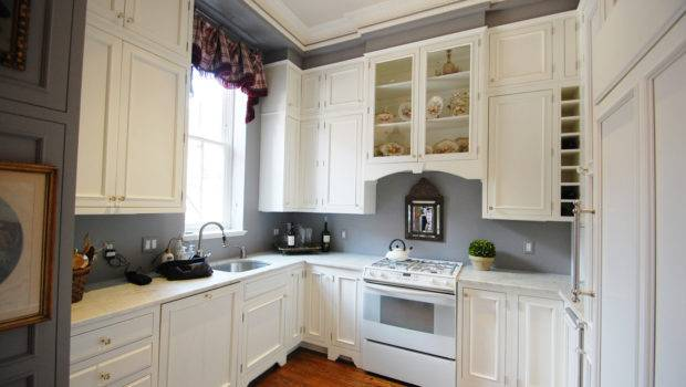 Exquisite Grey Walls Kitchen Color Effect