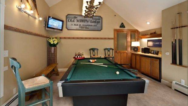 Extra Large Park City Home Sleeps Ski Out Bedroom