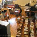 Five Tips Get Rid Clutter Downsizing Moving Insider