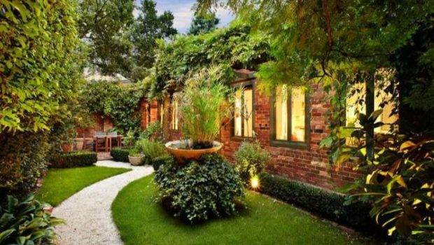 Former Stable Enchanting Home Walled Garden Wave Avenue