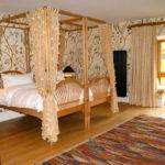 Four Poster Ideas Bed Curtains Window Glass