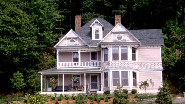 Front Bay Windows Hayes House Blowing Rock Watauga County