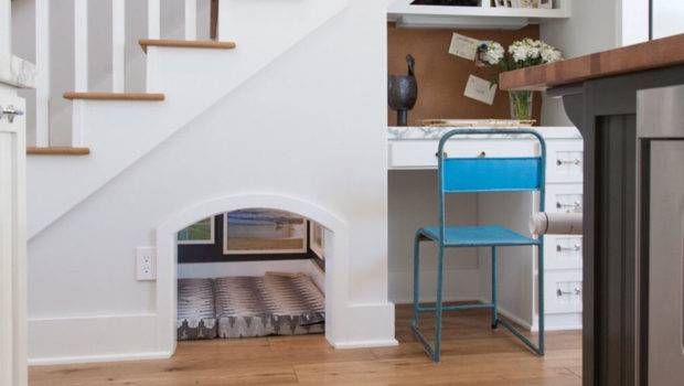 Functional Creative Under Stair Storage Ideas
