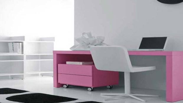 Furniture Modern Small Desk Spaces