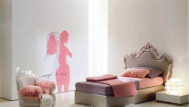 Girl Bedroom Set Can Include Desks Armchairs Poufs Even Lamps