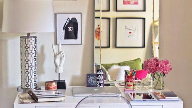 Give Your Desk Makeover These Cute Ideas