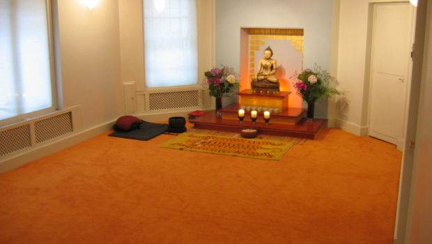 Gorgeous Color Meditation Room White Wall Design
