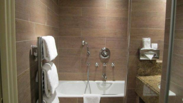 Gorgeous Small Bathroom Remodeling Subway Tile Modern