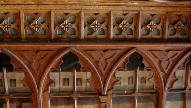 Gothic Arched Bookcase Doors Livraria Chardron Rua Das