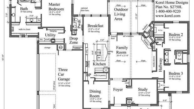 Great Floor Plan Love Laundry Room Connected