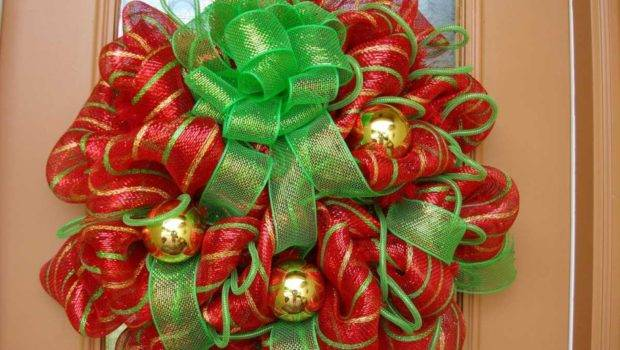 Green Ribbon Also Gold Balls Christmas Wreaths Beacont