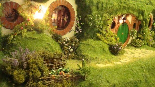Hand Made Hobbit Hole Bag End Lord Rings